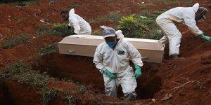 Kovid-19'dan en fazla sağlık çalışanının hayatını kaybettiği ülke Meksika