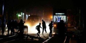 Almanya'da protestocular ile polis arasında çatışma