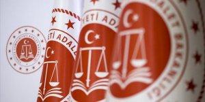 Adalet Bakanlığı: Karantina tedbirlerine uymamak ve salgınla mücadeleye engel olmak suçtur