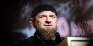 Emperyalist Rusya'nın Çeçenistan'daki sömürge valisi Kadirov kendisini eleştiren genci işkenceyle katletti