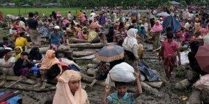 Endonezya'da kurtarılan Arakanlı sığınmacılardan 3'ü hayatını kaybetti