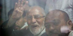 Sisi yargısından İhvan lideri Muhammed Bedii'ye müebbet hapis cezası