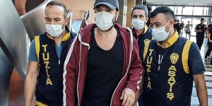 Yaşlı komşusunu darp eden müptezel şarkıcı Halil Sezai tutuklandı