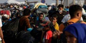 Midilli Adası'nda sokakta kalan sığınmacıların yaşam mücadelesi sürüyor