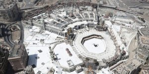 Suudi Arabistan umre ziyaretleri için tarih verdi