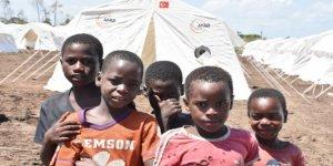 Mozambik'te şiddet olayları 300 bin kişiyi yerinden etti