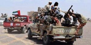 BAE destekli güçler, Yemen'in Sokotra adasında savaşması için 1000'den fazla kişiyi silahlandırdı