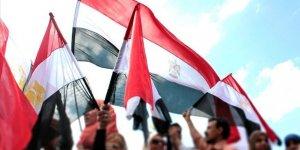 Sisi yargısı, Mursi'nin oğlu dahil 6 muhalif avukatı barodan ihraç etti