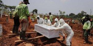 Dünya genelinde Kovid-19 ölümleri bir milyonu aştı