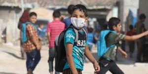 İdlib'de okullar korona nedeniyle gecikmenin ardından açıldı