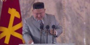 """Kuzey Kore Diktatörü Kim """"görülmemiş felaketler"""" deyip ağladı"""