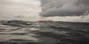 Tunus açıklarında göçmen teknesi battı: 11 ölü