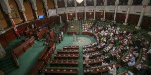 Tunus Meclisi'nde korona alarmı
