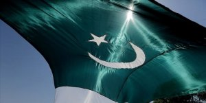 Pakistan'da Fransız mallarına boykot çağrıları yükseliyor