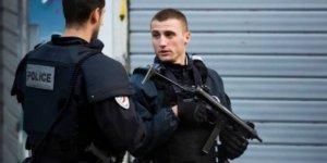 Fransa'da bıçaklı saldırı: Üç ölü var