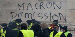 Fransa'da 'Macron istifa' sesleri yükseliyor