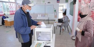 Cezayir'de Anayasa referandumuna katılım yüzde 23,7 oldu