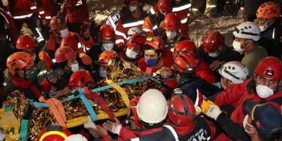 14 yaşındaki depremzede yaklaşık 58 saat sonra enkazdan yaralı olarak çıkarıldı