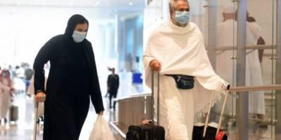 Yurt dışından ilk umre kafilesi 8 ay aradan sonra Suudi Arabistan'a ulaştı