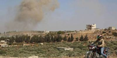 Katil Esed ve işgalci Rusya, Cebel az-Zaviye'de sivil yerleşim bölgelerini bombaladı