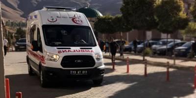 Bitlis'te tır ile yolcu otobüsü çarpıştı: 2 ölü, 12 kişi yaralı