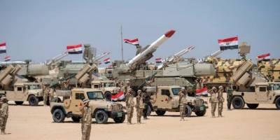 Mısır'da yönetim koronavirüsle mücadele yerine ordunun harcamalarına öncelik veriyor