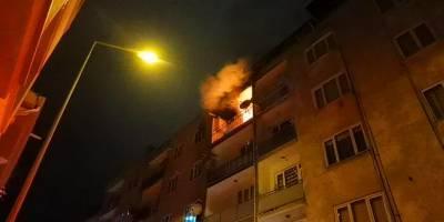 Evini yanarken izleyen kişiye maske ve mesafe ihlali cezası