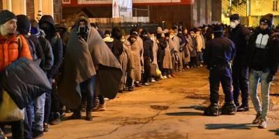 Paris'te yaklaşık 2 bin göçmenin kaldığı kamp tahliye edildi