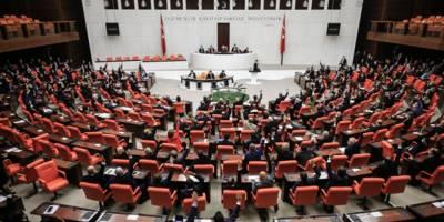 Azerbaycan tezkeresi Meclis'ten geçti