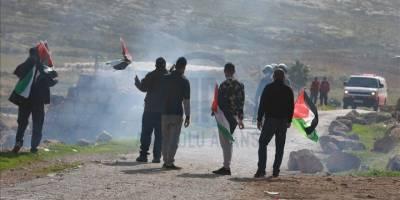 Siyonistler Batı Şeria'da biri çocuk 5 Filistinliyi yaraladı
