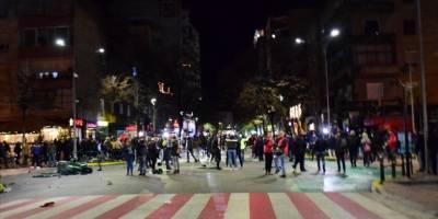Arnavutluk'ta protestolar devam ediyor