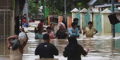 Endonezya'da 22 bin kişi selden etkilendi, 2 kişi öldü