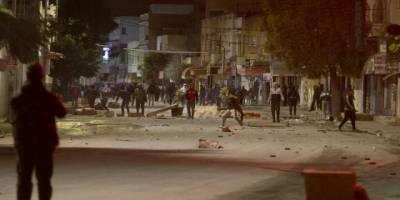 Tunus'ta 'sokağa çıkma' gerginliği