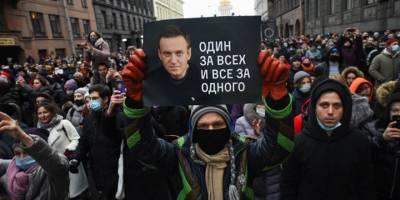 Putin, zehir ve ortaya çıkan yaralar: Navalny'nin Rusya'ya dönüşü