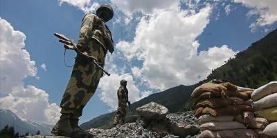 Çin ve Hint askerleri sınır ihtilafının yaşandığı bölgeden eş zamanlı çekilmeye başladı