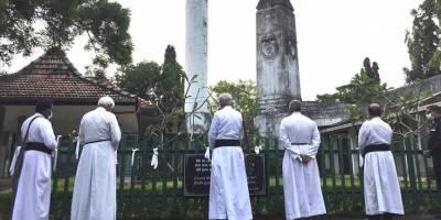 Sri Lanka, Kovid-19'dan ölenlerin cenazelerinin yakılması zorunluluğunu kaldırdı