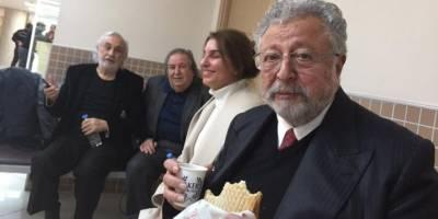 """""""Cumhurbaşkanı'na hakaret""""ten yargılanan Müjdat Gezen ve Metin Akpınar'a beraat"""