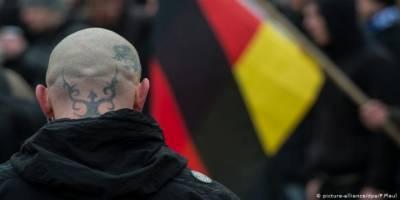 Almanya'da sığınmacılara yönelik saldırılar korona tanımadı