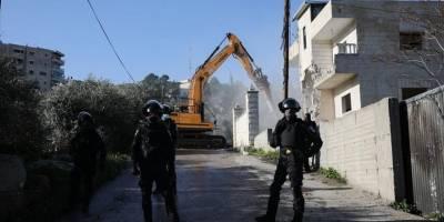 Siyonistler Batı Şeria'da Filistinlilere ait 3 evi yıktı, 12 Filistinli sokakta kaldı