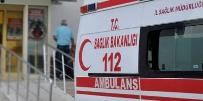 Mersin'de kayalıklara çarparak batan teknedeki 13 göçmen yaralı kurtarıldı