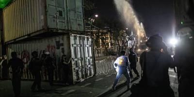 Tayland'da hükümet karşıtı protestolarda en az 30 kişi yaralandı
