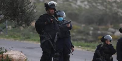 İşgal güçleri Batı Şeria'da 2'si Hamas yetkilisi 22 Filistinliyi gözaltına aldı