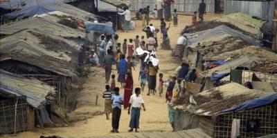 Bangladeş'teki mülteci kamplarında kalan Arakanlı Müslümanların yaşam mücadelesi sürüyor