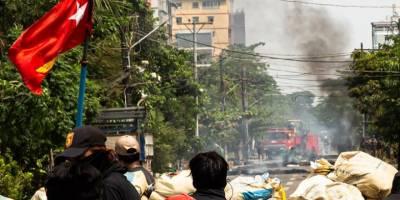Myanmar'da darbeciler Bago'da protestoculara ateş açtı: 20 ölü