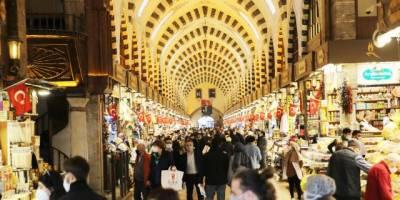 İstanbul'da AVM ve mağazaların kapanış saati değişti