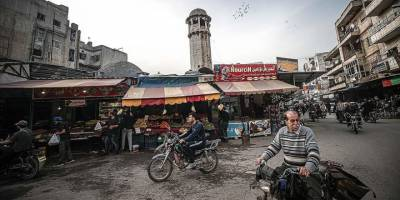 Zorla yerinden edilen Suriyeliler Rejimin hazırlandığı seçime karşı çıkıyor