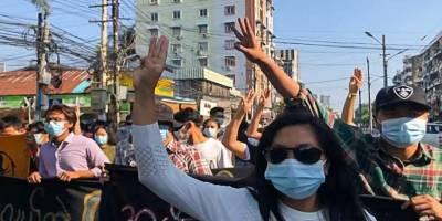 Myanmar'da darbe karşıtı gösterilerde 7 kişi daha hayatını kaybetti