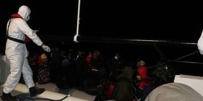 Yunanistan'ın Balıkesir açıklarına geri ittiği 39 göçmen kurtarıldı