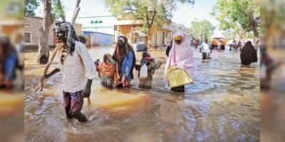 Somali'de sel felaketi binlerce kişiyi yerinden etti