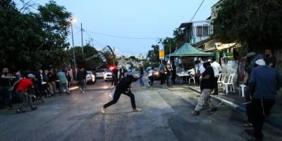 Yahudi işgalciler, iftar yapan Filistinlilere saldırdı